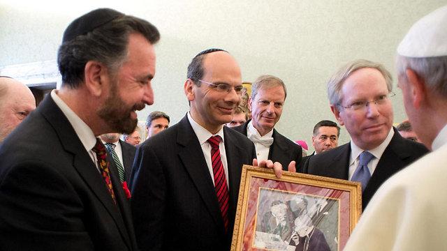 The Pope meeting with Jewish leaders at the Vatican. (Photo: EPA, OSSERVATORE ROMANO) (Photo: EPA, OSSERVATORE ROMANO)