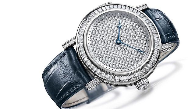 """השעון, מסדרת """"קלסיק קומפליקיישן"""" (  ) (  )"""