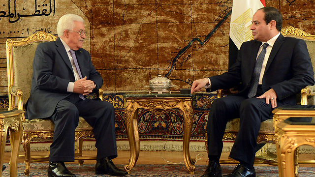 Abbas and Egyptian President al-Sisi. 'It is in al-Sisi and King Abdullah's best interests that Ramallah does not break the rules of the game until after the Israeli elections and until Hamas is crushed' (Photo: EPA)