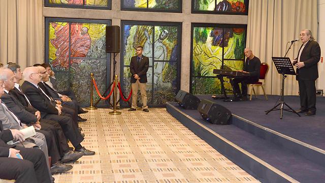 """בועז שרעבי שר בטקס בבית הנשיא (צילום: מארק ניימן, לע""""מ) (צילום: מארק ניימן, לע"""