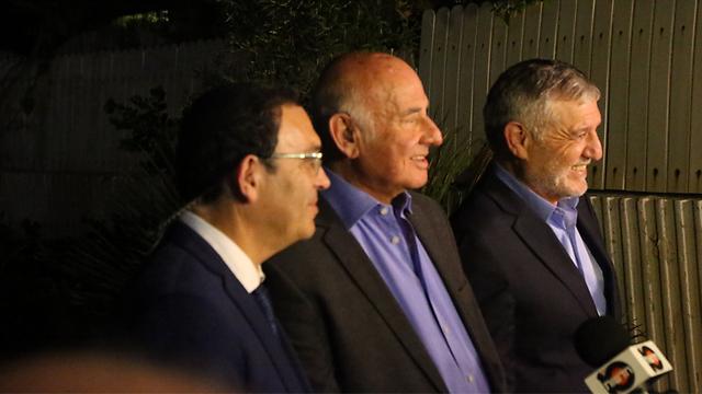 Yesh Atid ministers Piron, Peri, and Cohen (Photo: Motti Kimchi)