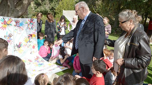 """יום לימודים אצל נשיא המדינה (צילום: מארק ניימון, לע""""מ)"""