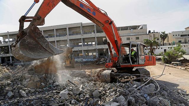 Reconstruction begins in Gaza (Photo: AP)
