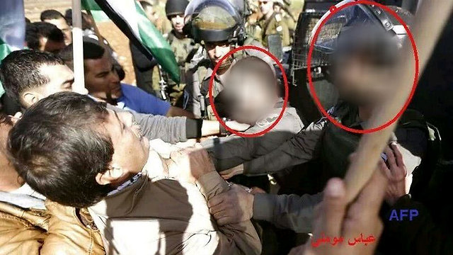 סימנו את החיילים. תמונה שפורסמה בתקשורת הפלסטינית (צילום: AFP) (צילום: AFP)
