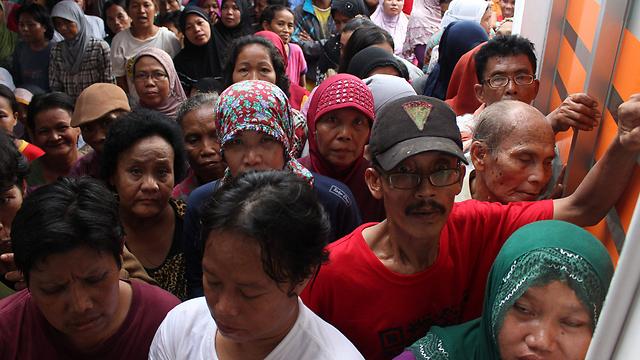 האינדונזים בחרו בנשיא שמנהל אורח חיים פשוט וצנוע (צילום: EPA)
