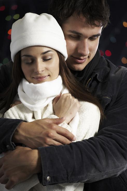 חורף הוא הזמן האולטימטיבי למצוא אהבה (צילום: ויז'ואל/פוטוס) (צילום: ויז'ואל/פוטוס)