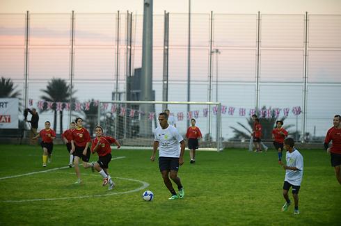 מהראן ראדי במשחק (צילום: בן קלמר) (צילום: בן קלמר)