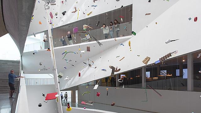 מוזיאון תל אביב. ארכיטקטורה בפנים ובחוץ ()