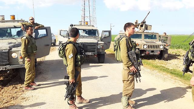 The scene of the shooting at the Israel-Gaza border this morning. (Photo: Roee Idan) (Photo: Roee Idan)