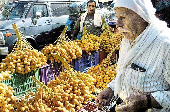 השוק בכפר יאסיף. מחירים מפתיעים (צילום: שי מהלאל)