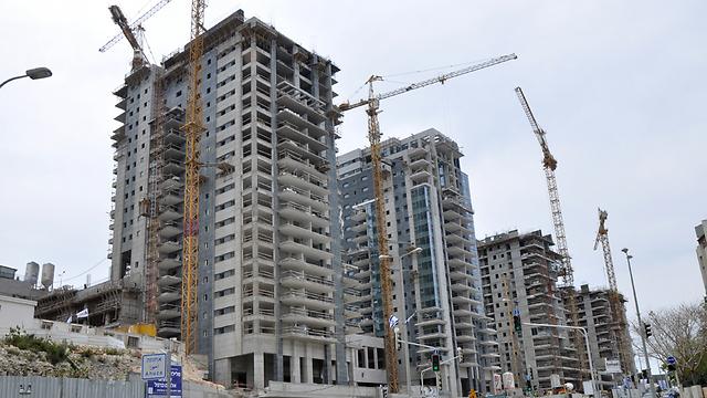 שכונת קמת דניה בנשר. תאכלס כ-600 יחידות דיור (צילום: ג'ורג' גינסבורג) (צילום: ג'ורג' גינסבורג)