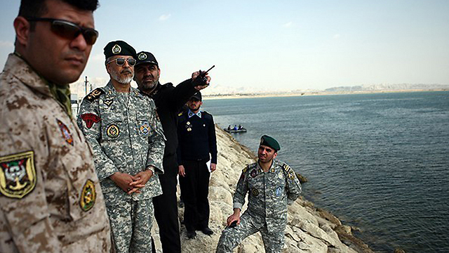 Iranian Army commanders at drills