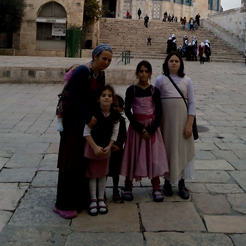 The Shapira family visited the Temple Mount earlier this week.