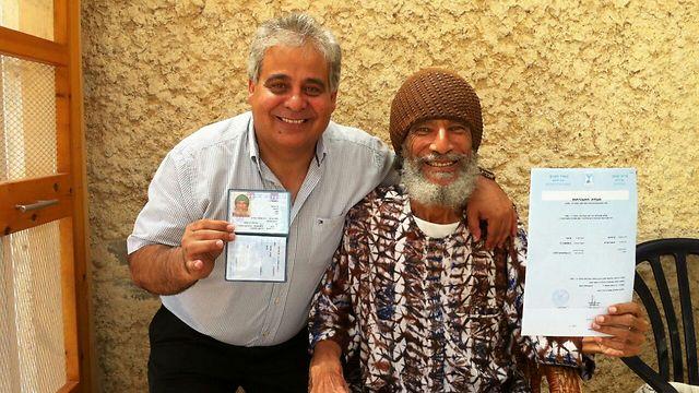 Ben-Israel and the mayor of Dimona take a ona celebrate Ben-Israel citizenship. (Photo: Dimona Municipality) (Photo: Dimona Municipality)