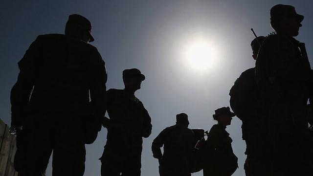 חיילים אמריקנים באפגניסטן  (צילום: AP) (צילום: AP)