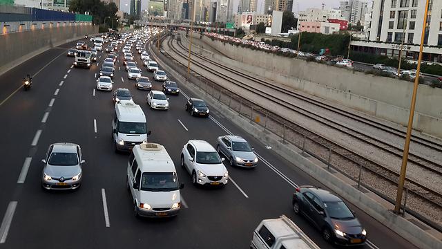 ירידה חדה של 85.7% ברכישת כלי רכב (צילום: רועי צוקרמן) (צילום: רועי צוקרמן)