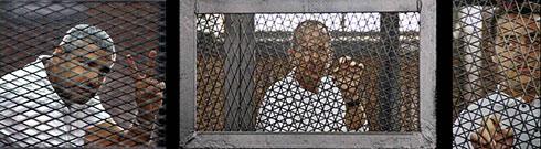 עיתונאי אל-ג'זירה שנכלאו במצרים (צילום: AP)