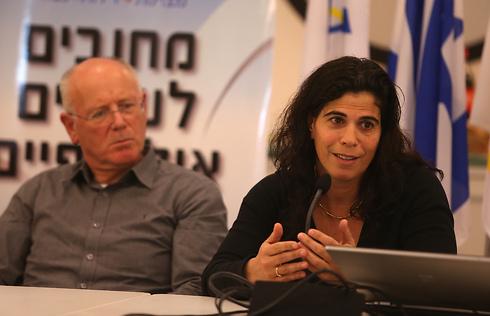 גילי לוסטיג לצד יעל ארד (צילום: אורן אהרוני)