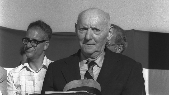 Isaac Bashevis Singer. 'He describes such strong lust that the page catches fire' (Photo:  Moshe Milner / GPO)
