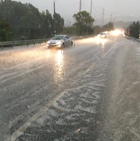 Hail along the coast (Photo: Tomer Ilan)