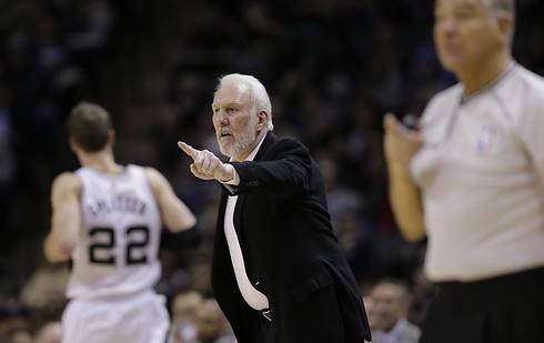 יותר נצחונות בקריירה מחמישה מועדונים ב-NBA. פופוביץ' (צילום: AP) (צילום: AP)