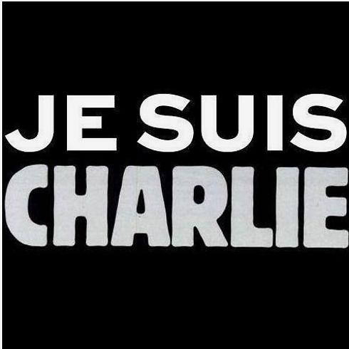 """""""אני שארלי"""". כך נראה העמוד הראשון של אתר העיתון לאחר הפיגוע"""