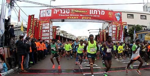 מרתון 2017 ייצא לדרך בעוד כשבועיים. מרתון טבריה (צילום: גיל נחושתן)