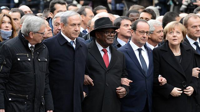 Netanyahu with world leaders (Photo: GPO)