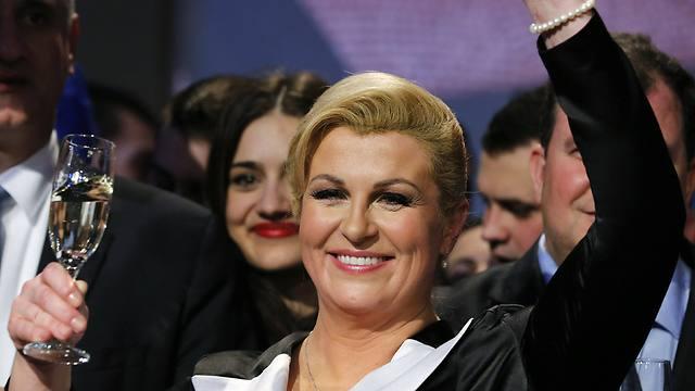 שוקלת להגיע לארץ. נשיאת קרואטיה גרבר-קיטרוביץ' (צילום: רויטרס) (צילום: רויטרס)