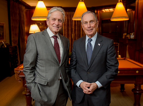 Genesis Prize recipients Michael Bloomberg and Michael Douglas (Photo: Genesis Prize Foundation)  (Photo: Genesis Prize Foundation)