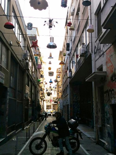 שכונת פסירי. פלורנטין באתונה (צילום: אמנון גופר)