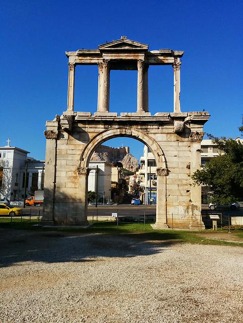 שער אדריאנוס (צילום: אמנון גופר)