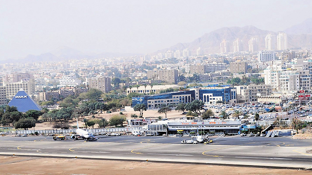 שדה התעופה באילת. השפלות בטחוניות (צילום: יוסי דוס-סנטוס)