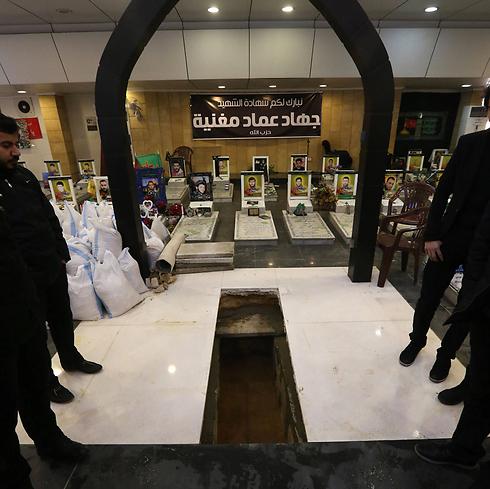 קברו של ג'יהאד מורנייה (צילום: AFP) (צילום: AFP)