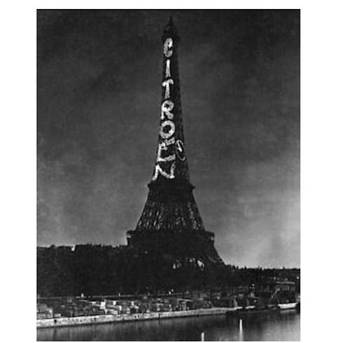 """שלט החוצות הראשון שעבד על חשמל והאיר בלילה הוקם בפריז ע""""י סיטרואן ()"""