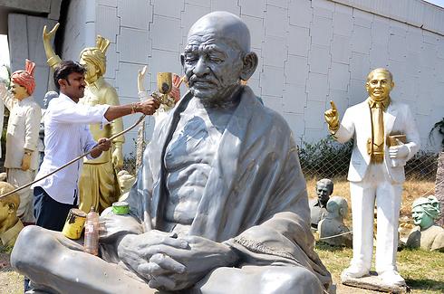 מהטמה גנדי. מורשת המאבק הבלתי אלים (צילום: AFP) (צילום: AFP)