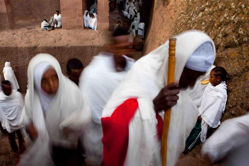 בימי ראשון הכנסיות בלליבלה מתמלאות במאמינים שמגיעים מהעיר ומהכפרים בסביבה (צילום: עמיחי ינקוביץ')