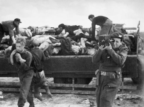 וולף מציגה את הסבל הגרמני במלחמת העולם השנייה  (צילום: Mike Lewis) (צילום: Mike Lewis)