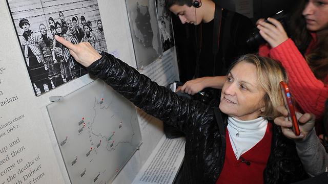 הייתה ילדה רעבה בת 11 בזמן שחרור המחנה. פולה לייבוביץ', ניצולת שואה מאושוויץ (צילום: AP) (צילום: AP)