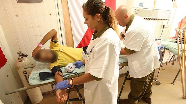 Wounded Syrian receives treatment in Israeli hospital (Archive photo: Elad Gershgoren) (Photo: Elad Gershgoren)