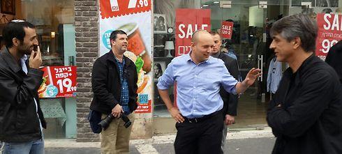למה בנט חושב שיקנו את הפוזה של אוחנה כלוחם חברתי? (צילום:יבגני יאנובסקי) (צילום:יבגני יאנובסקי)