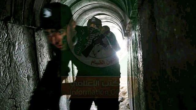 Palestinian teen in model terror tunnel
