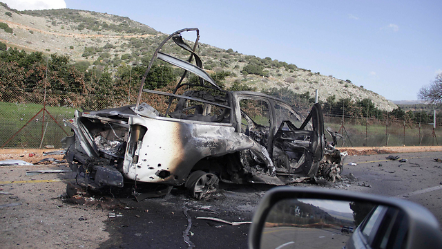 Burned-out IDF vehicle after Hezbollah attack in north. Hezbollah and Iran 'decided recently to turn the Golan Heights into an active conflict zone' (Photo: Reuters) (Photo: Reuters)