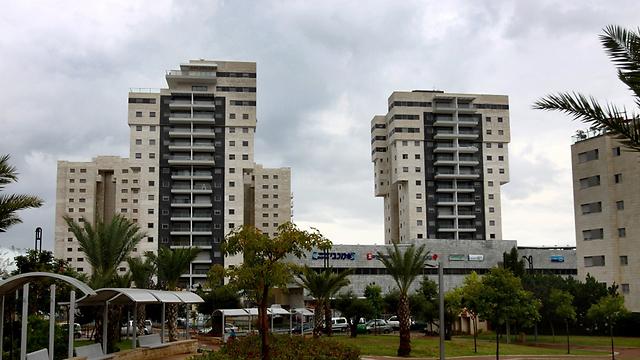 שכונת תלמי מנשה בבאר יעקב. כ-1,200 דירות חדשות (צילום: אבי מועלם) (צילום: אבי מועלם)