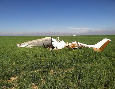 מקום התרסקות המטוס. הרשויות טוענות שסלפי הוא הגורם לאסון (צילום: רויטרס) (צילום: רויטרס)