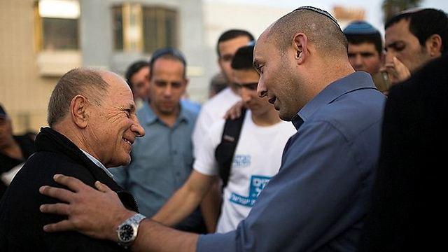 Naftali Bennett campaigning in Ashkelon last week. (Photo: Reuters) (Photo: Reuters)