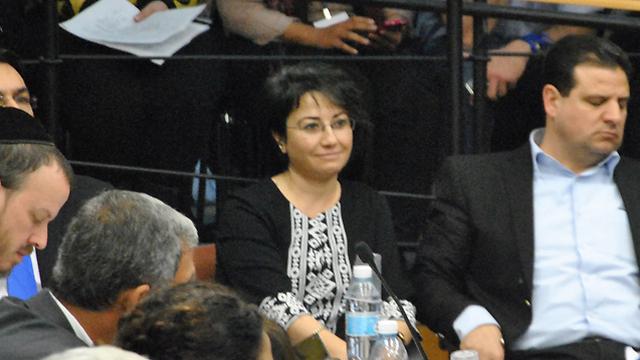 דיון סוער בוועדת הבחירות. זועבי (צילום: עפר מאיר) (צילום: עפר מאיר)