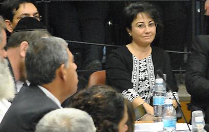 Zoabi listens to Judge Joubran (Photo: Ofer Meir)