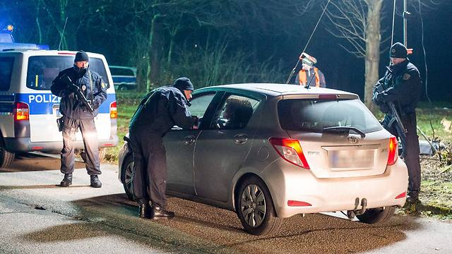 Roadblock near German border in Denmark after the attacks (Photo: EPA)