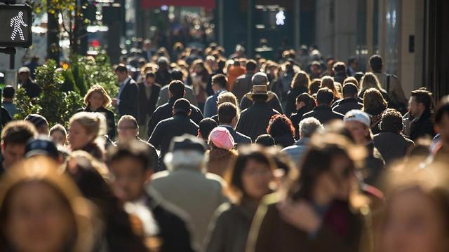 איך שלא נתבונן על זה, נראה שהאדם בעולם שלנו אינו חופשי כלל.  (צילום: shutterstock) (צילום: shutterstock)
